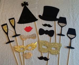 ¡Pongámonos todos bigotes y sombreros!